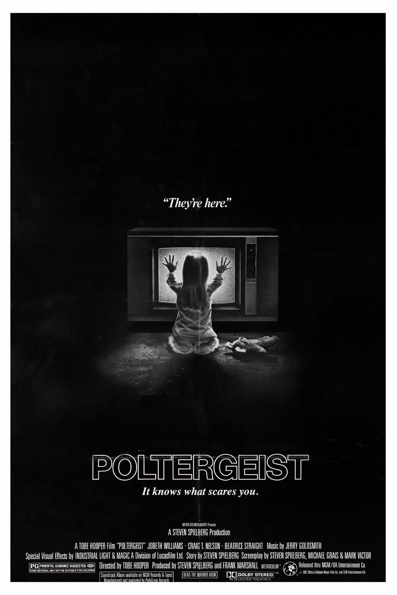 poltergeist_poster_1982_01.jpg