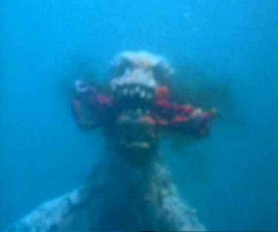 sea_monster_1982_01.jpg